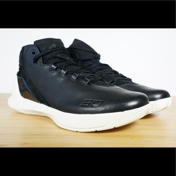 half off 465c7 95669 Under Armour UA Curry 3 LUX Limited Edition Black NWT